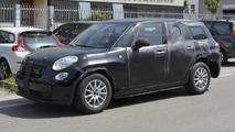 Alfa Romeo SUV spied hiding underneath a Fiat 500L body