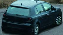 Spy Photos of New VW Golf