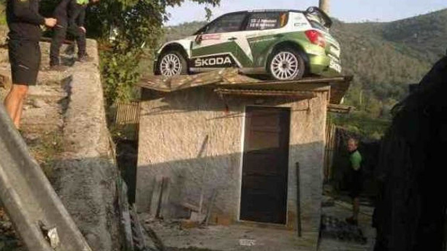 Skoda rally car ends up on a roof during IRC Sanremo 2012 [video]