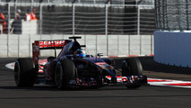 Mateschitz hints Vergne to keep Toro Rosso seat