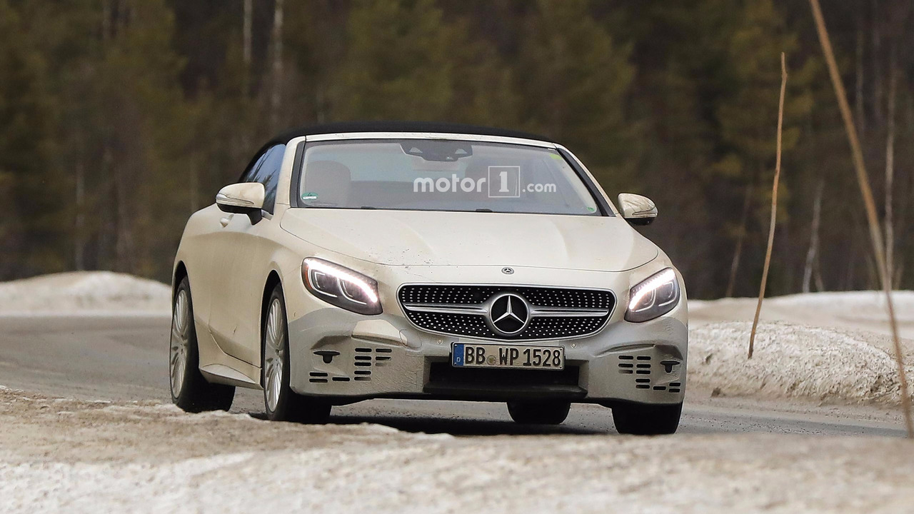 Mercedes S-Class Cabrio Refresh Spy Pic