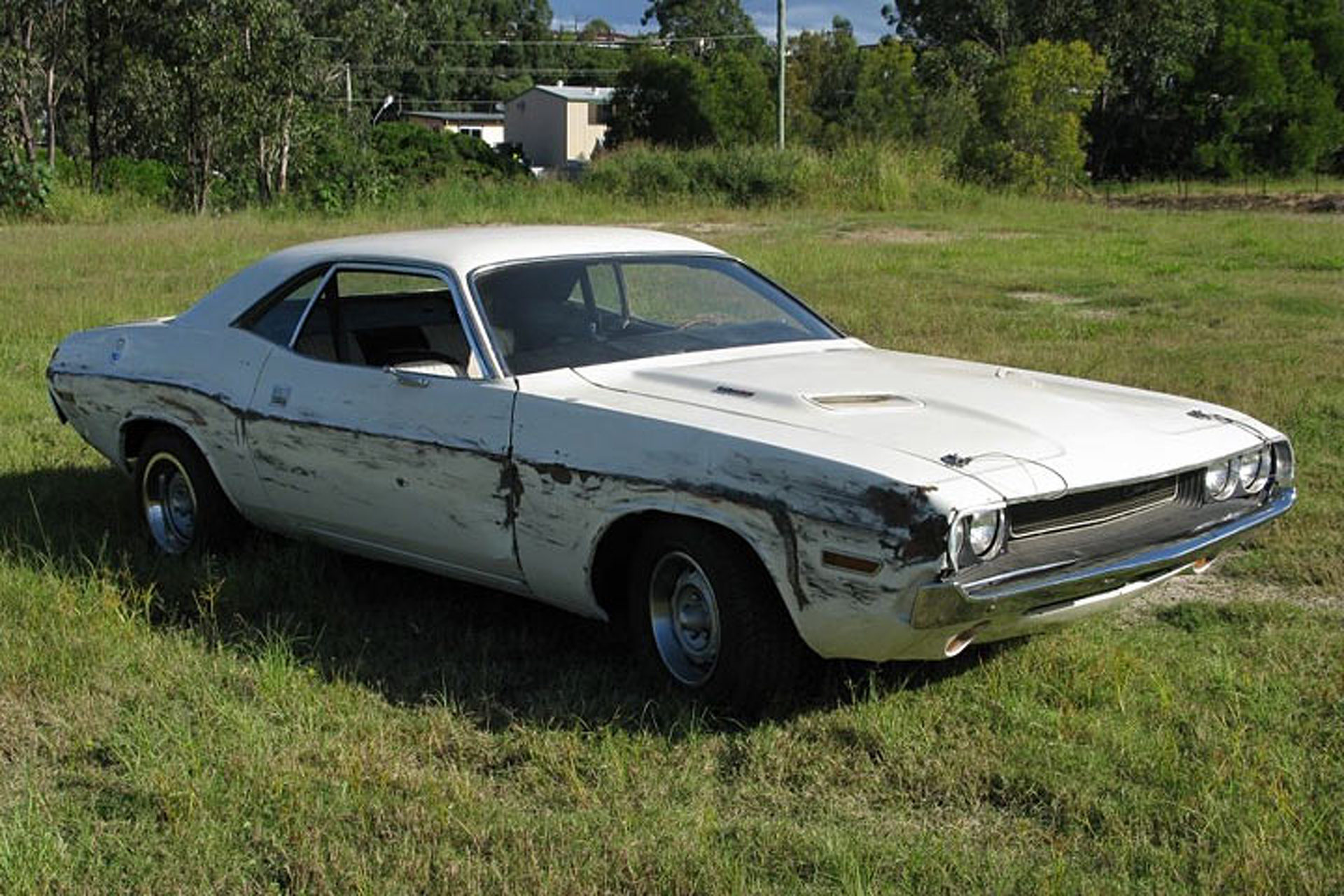 "Dodge Challenger from Quentin Tarantino's ""Death Proof"" Hits eBay"