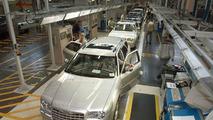 Chrysler Starts European Production of Chrysler 300C