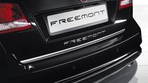 2013 Fiat Freemont Park Avenue announced for Paris debut