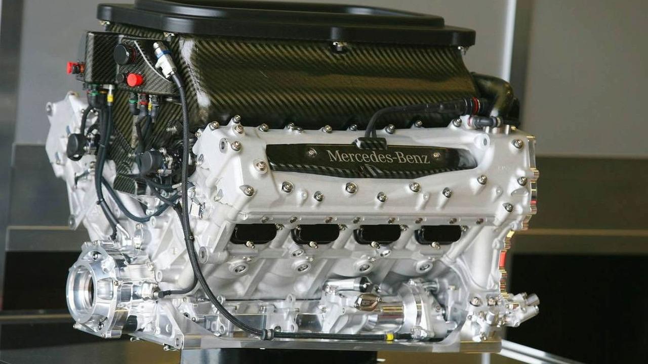 Mercedes F1 Engine, Silverstone, England, 19.09.2006