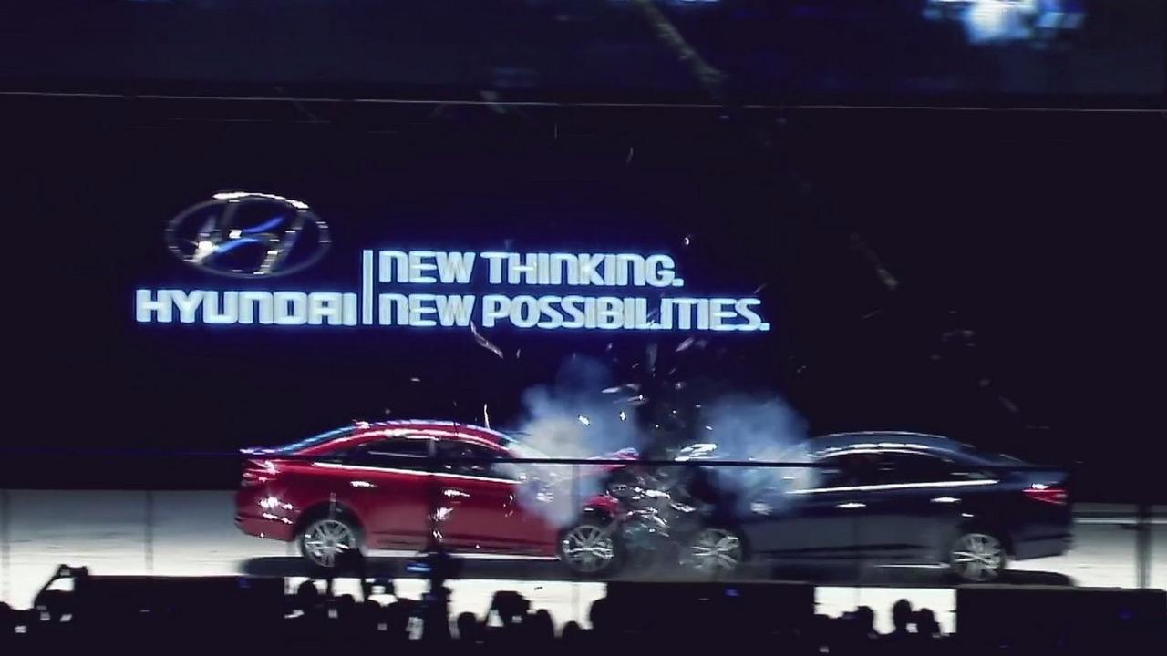 Hyundai Sonata crash test US-spec vs KDM-spec