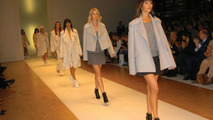 Fashion Show and VW Automobile Fascination at Close Quarters