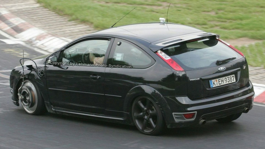 Ford Focus RS Spied