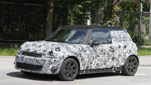 2013 MINI spied with new details