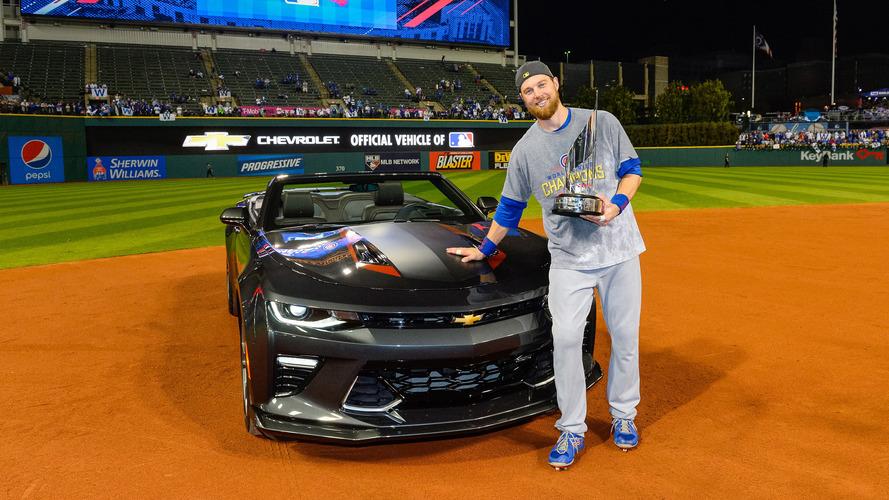 World Series MVP gets 50th anniversary Camaro and Chicago's adoration