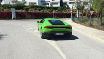 Lamborghini Huracan with Verde Mantis paint