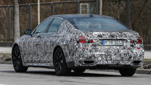 2016 BMW 7-Series M Sport Package spy photo