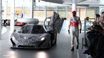 McLaren P1 gets driven by Jenson Button