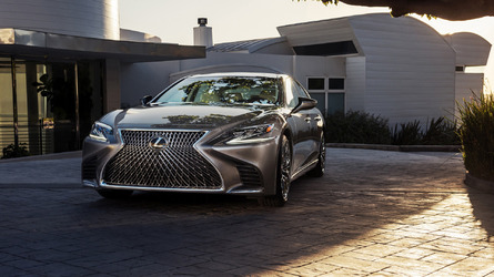 Lexus and Porsche are the most dependable brands of 2017