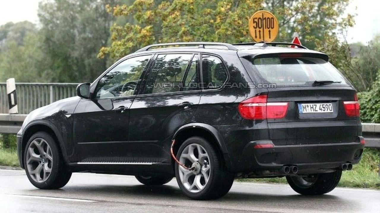BMW X5 M salakuvissa