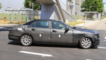 2012 Mercedes-Benz S-Class mule-prototype spy photo 13.07.2010