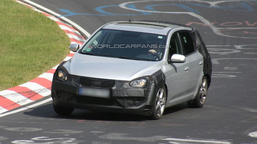 Kia Cee'd Facelift Caught on Nurburgring