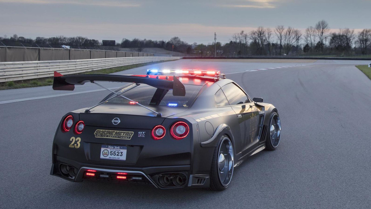 Nissan GT-R Police Pursuit