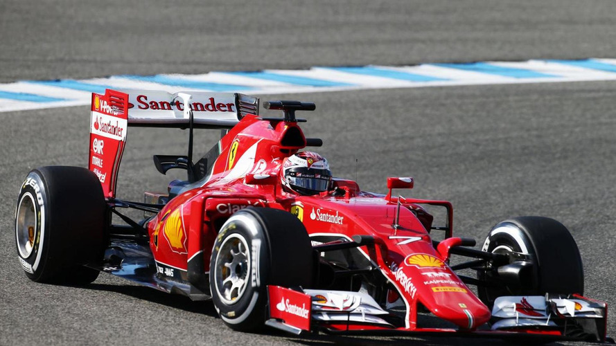 Photographer notices new Ferrari paint for 2015