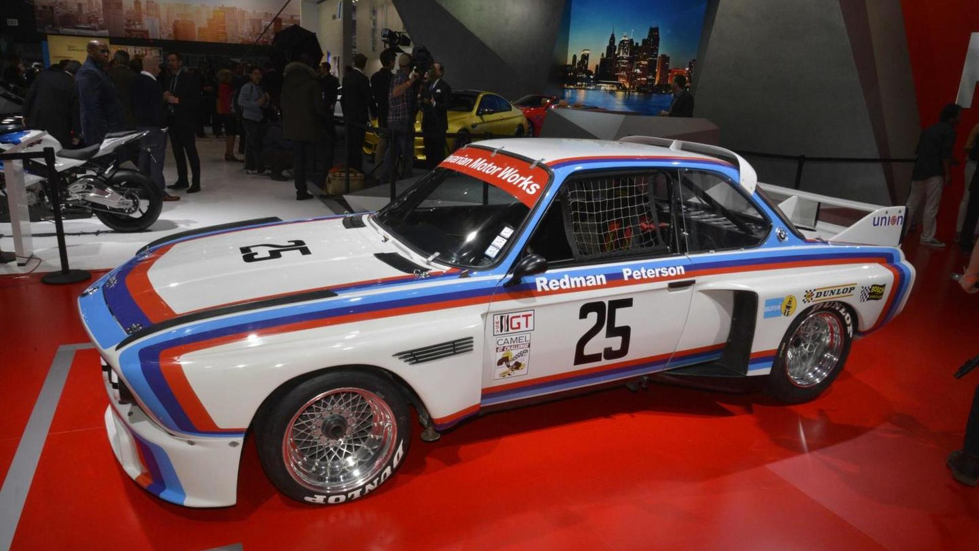 Classic BMW CSL Shows Up At Detroit Motor Show - 1975 bmw 3 0 csl
