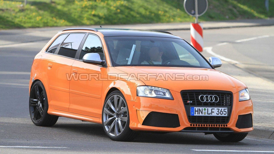 Audi RS3 & Q3 concept heading for Paris - report