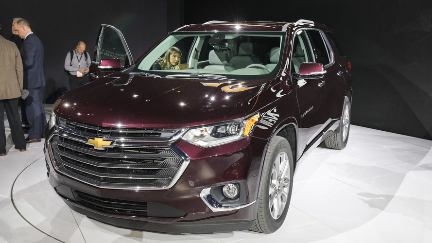 2018 chevy traverse grows from midsize to fullsize. Black Bedroom Furniture Sets. Home Design Ideas