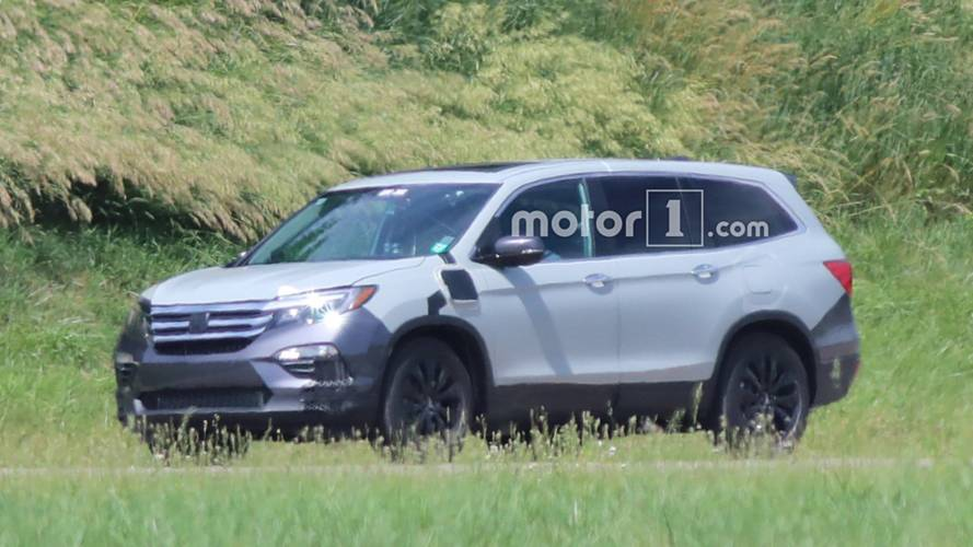 2019 Honda Pilot Spied For The First Time In PHEV Version