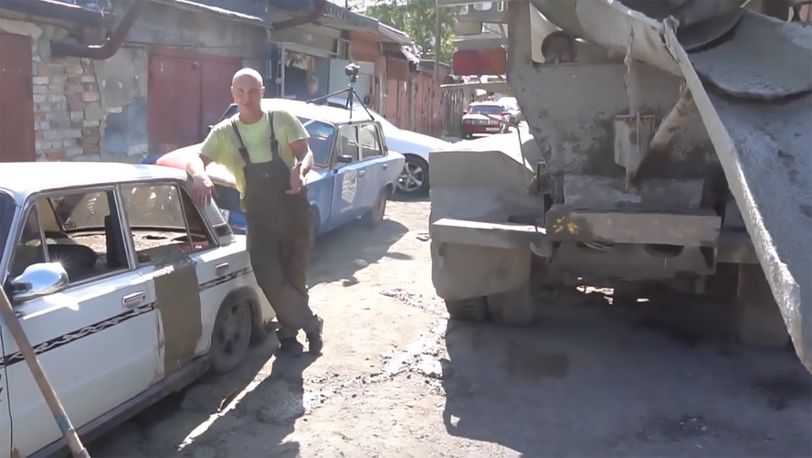 Will An Old Lada Still Drive With 5 Tons Of Concrete Inside?