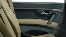 Audi Sound Concept, location of speakers in the door trim, 15.06.2010