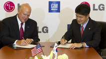 GM confirms EV development - signs partnership with LG