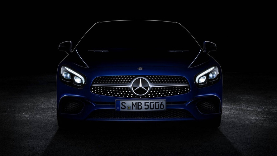 Mercedes-Benz SL facelift shows off diamond grille ahead of LA debut