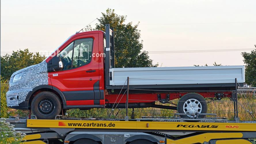 Ford Transit with AWD spy photos