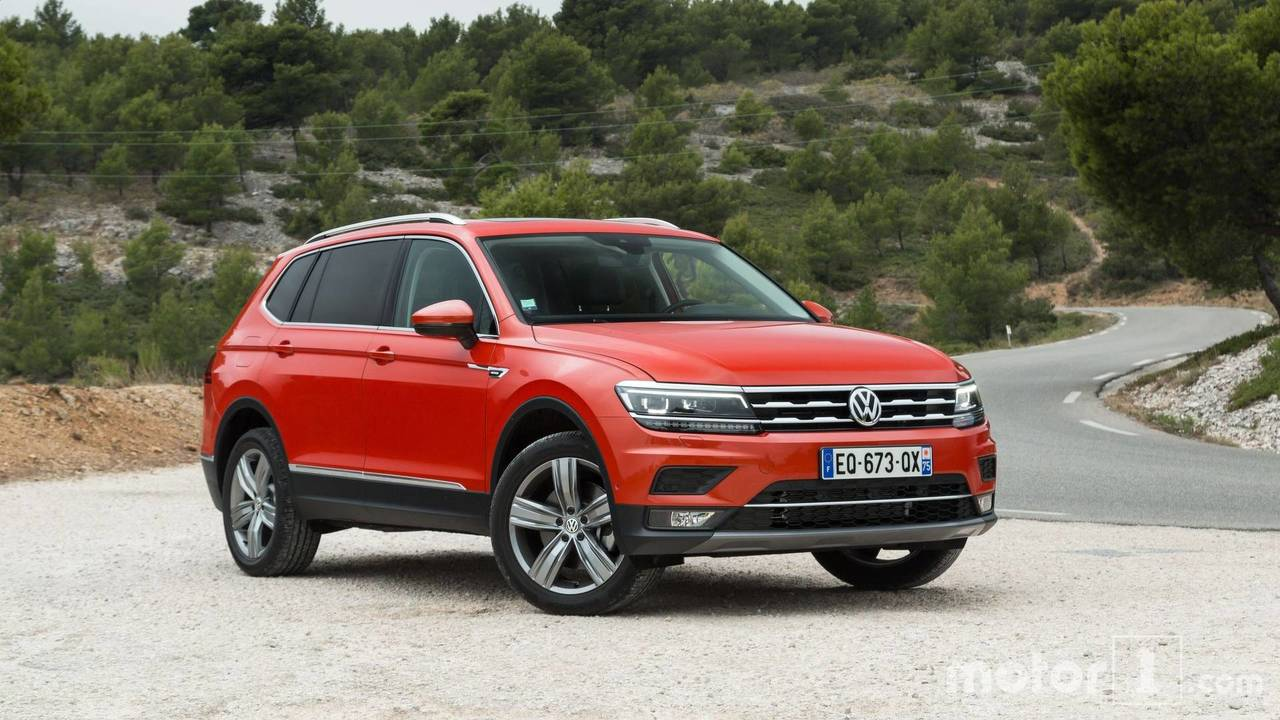 2018 volkswagen tiguan allspace first drive space at a price. Black Bedroom Furniture Sets. Home Design Ideas