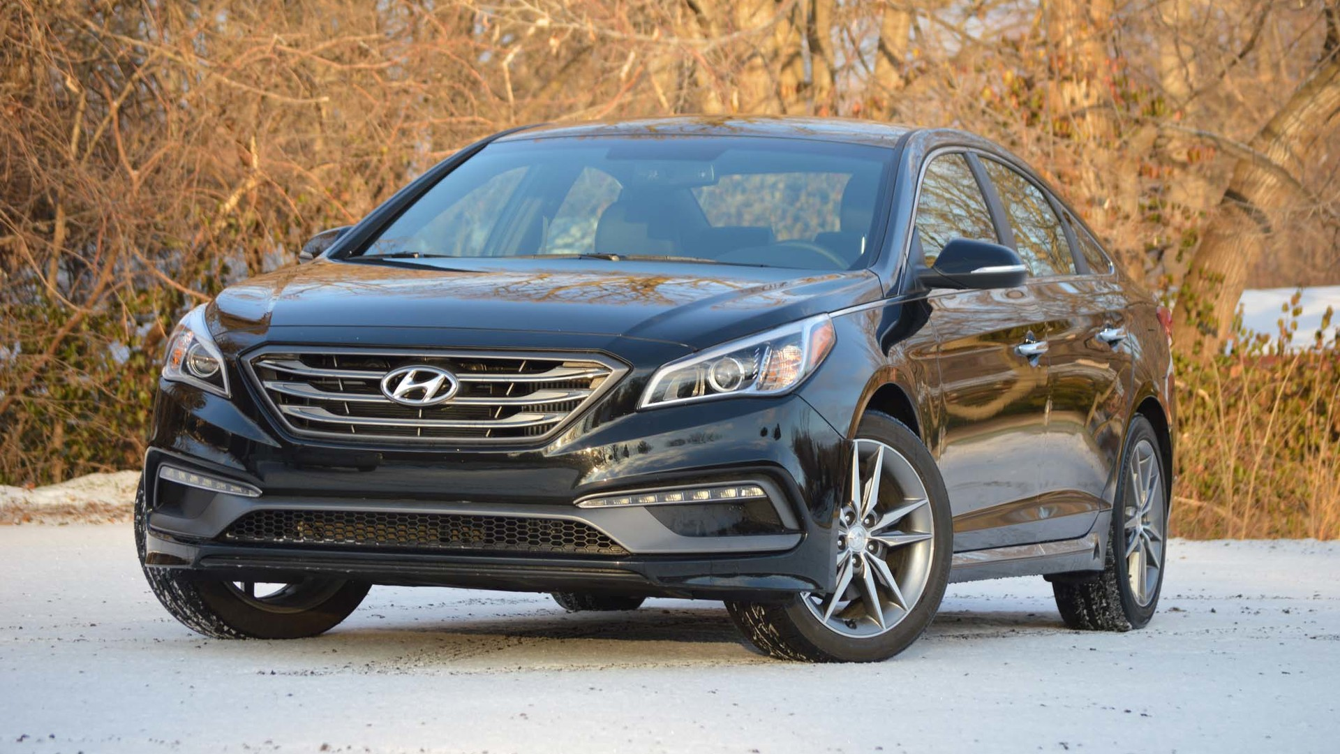 and quick in hyundai reviews car plug driver sonata s hybrid original test photo take review