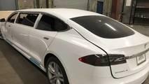 Tesla Model S Limuzin
