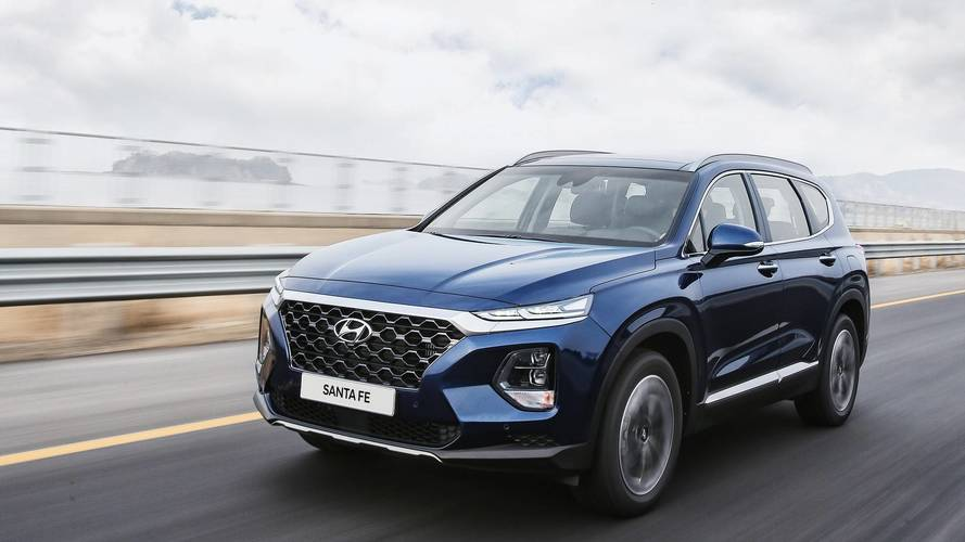 New Hyundai Santa Fe revealed, goes on sale later this year