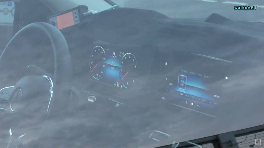 2019 Mercedes GLE Reveals New Infotainment System In Spy Video