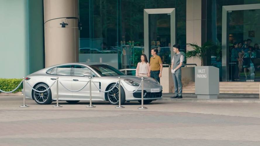 Porsche'den valelere kamera şakası