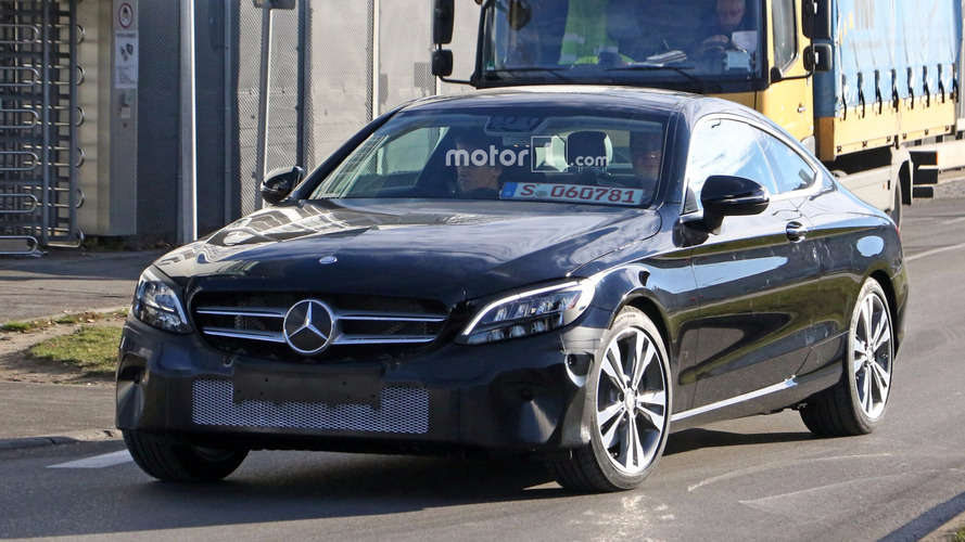 Photos espion - La Mercedes Classe C Coupé restylée cache un autre secret