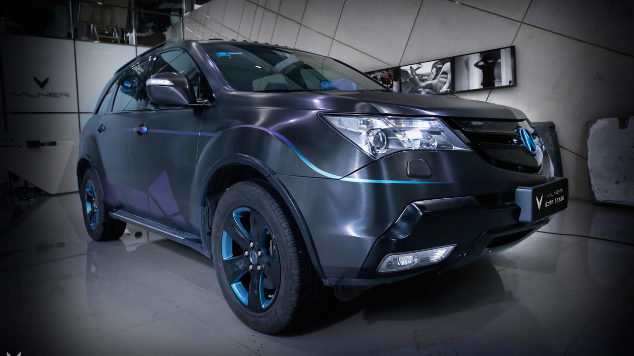 All Types 2010 mdx : This butterfly-themed Acura MDX looks pretty fly