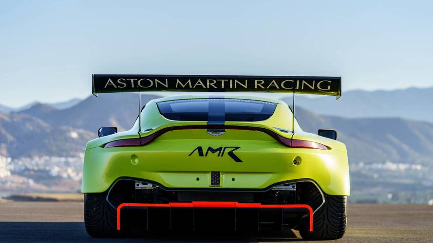 Aston Martin Vantage GT3, GT4 Look Intent On Winning Races