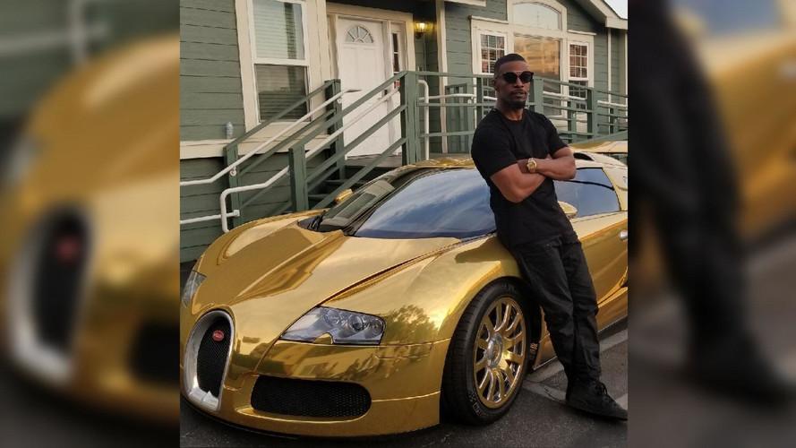 El actor Jamie Foxx presume de Bugatti Veyron dorado