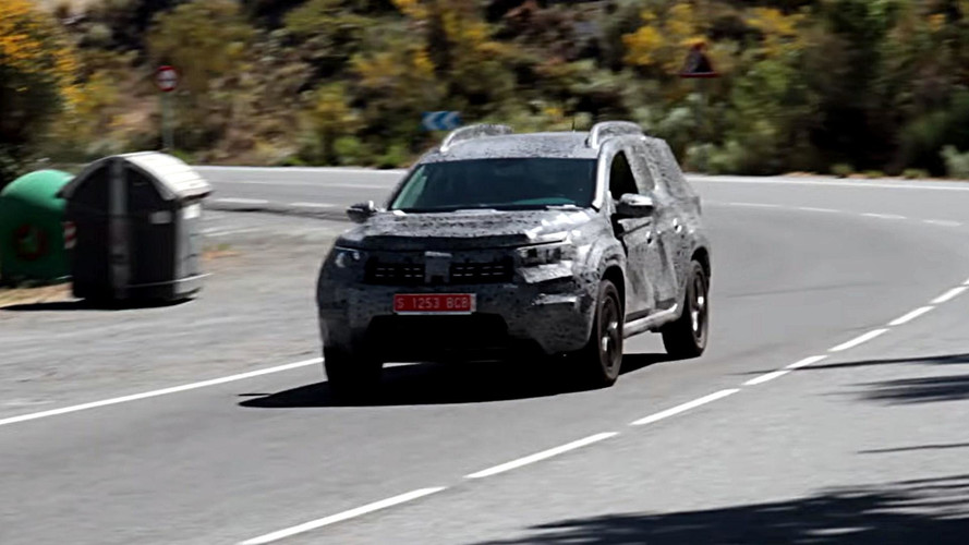 2018 Dacia Duster screenshots from spy video
