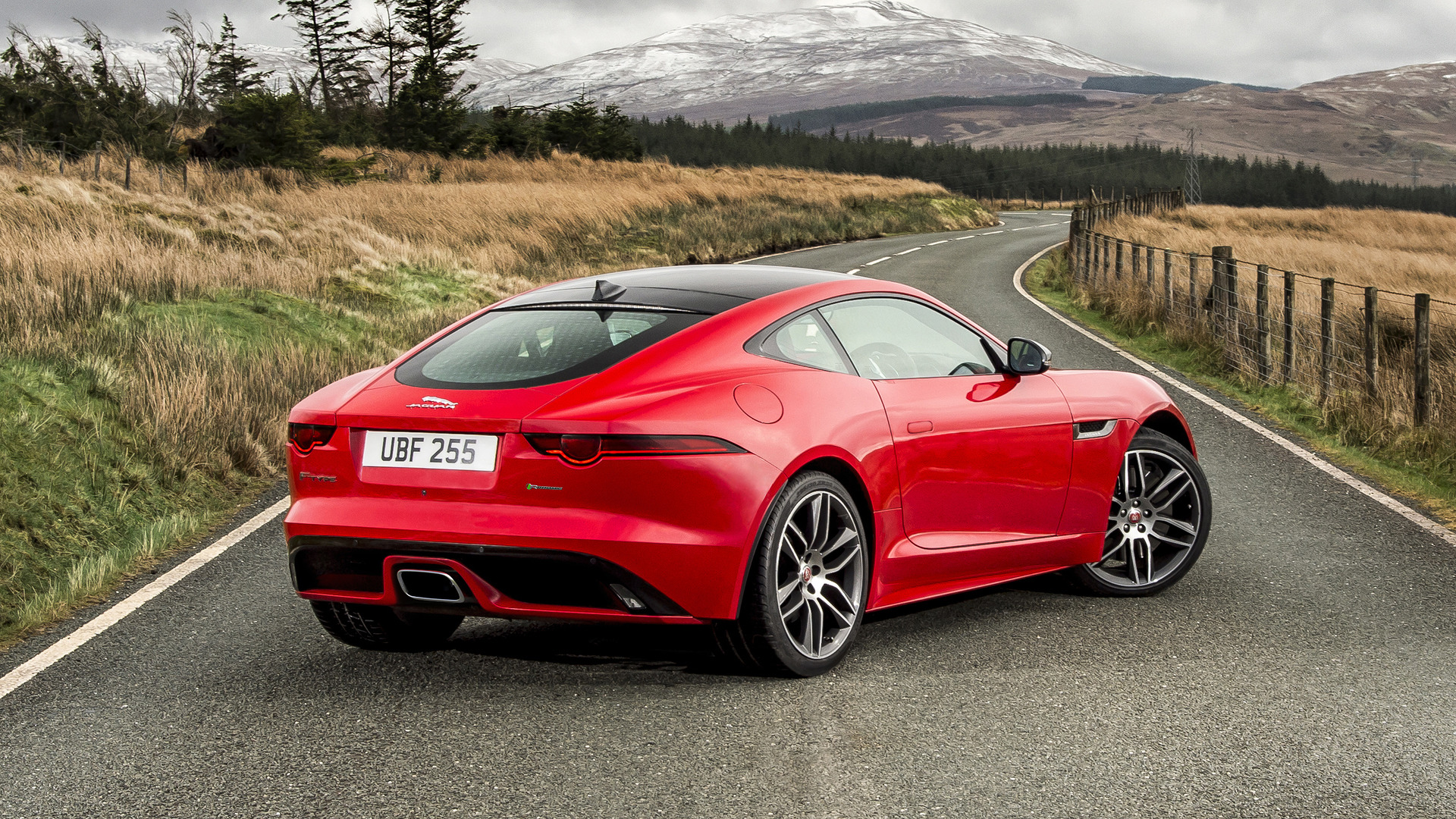 jaguar f type spotted with p380 badge new jlr naming convention. Black Bedroom Furniture Sets. Home Design Ideas