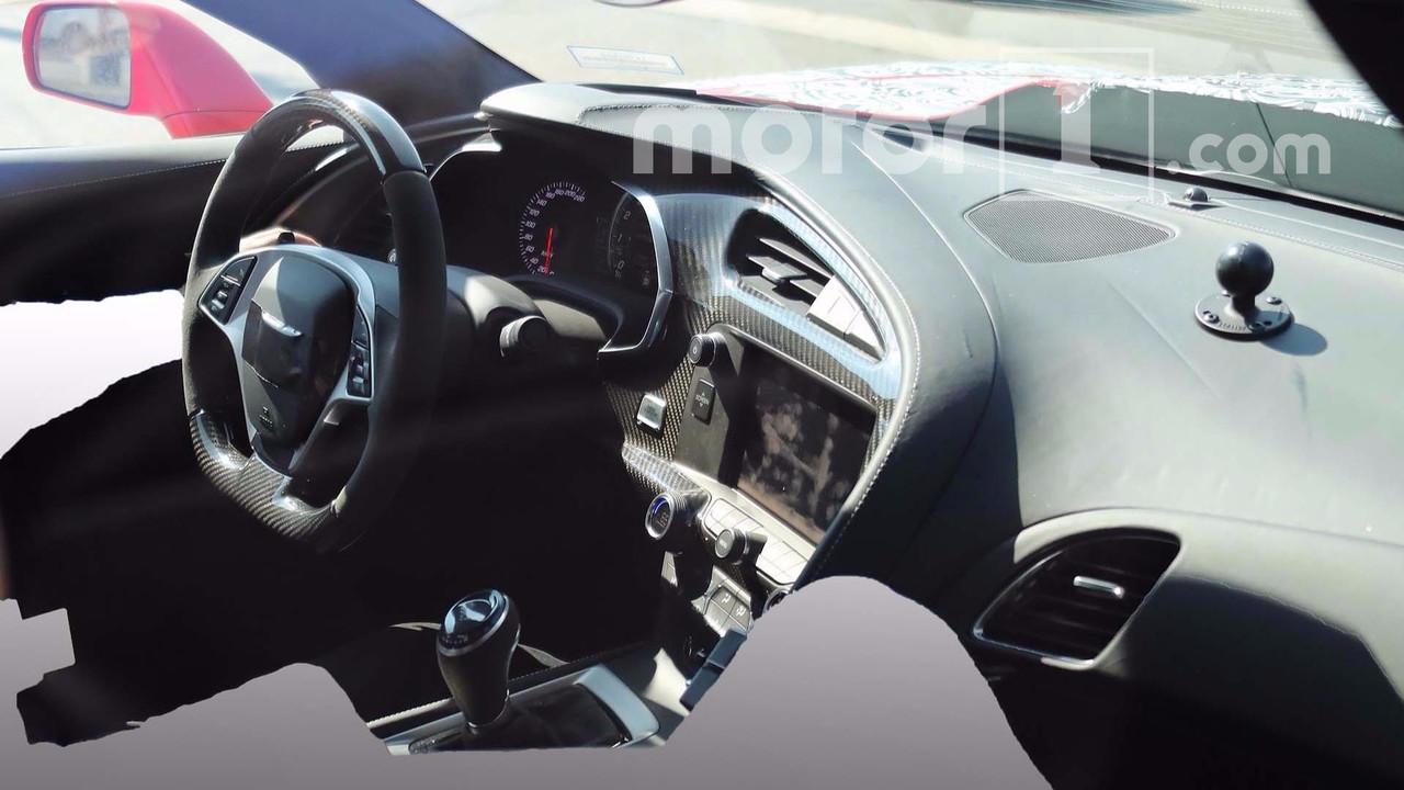 2018 Chevrolet Corvette ZR1 kabin casus fotoğrafları