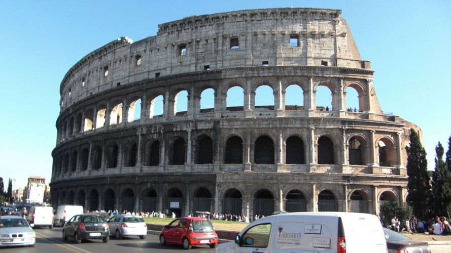 Roma, stop alle auto Diesel dal 2024