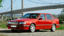 Volvo 850 marks 25 years, first car with side airbags and transverse 5-cylinder engine