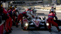 Dindo Capello and Allan McNish during a driver change