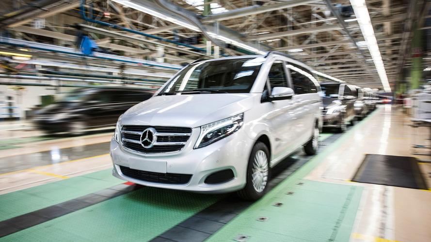 Akár több milliárd euróra is büntethetik a Daimlert