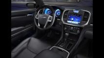Chrysler 300C já pode ser encomendado no Brasil por R$ 179.900